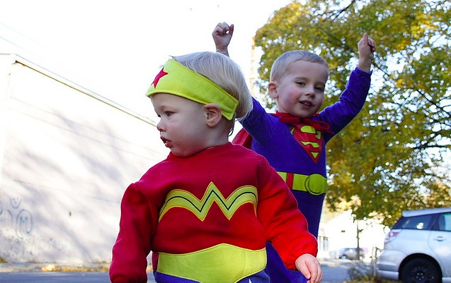 kids dressed as super heroes